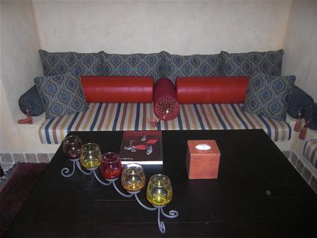 BAS_sofa.jpg
