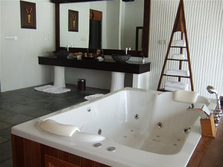 IH_bathroom7.jpg