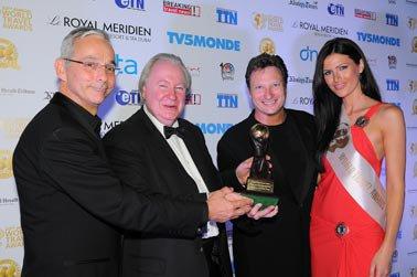 OO-Dubai award.jpg