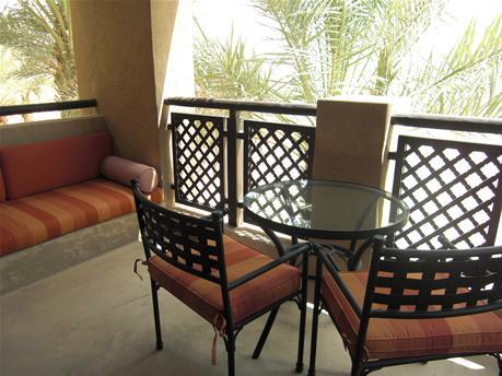BAS_balcony2.jpg