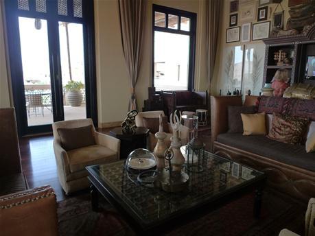 qasr_lounge2.jpg